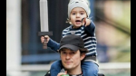 "La adorable reacción del hijo de Orlando Bloom al enterarse de que su papá actúa en ""Piratas del Caribe"" - Noticias de paul mccartney"